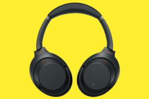 Read more about the article Top 5 Bluetooth On-Ear Headset 2021 in India